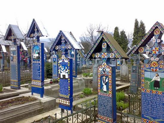 Nghĩa địa Merry, Romania