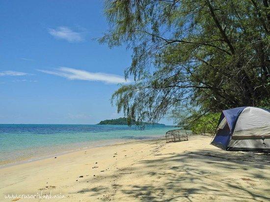 cắm trại ngoài biển