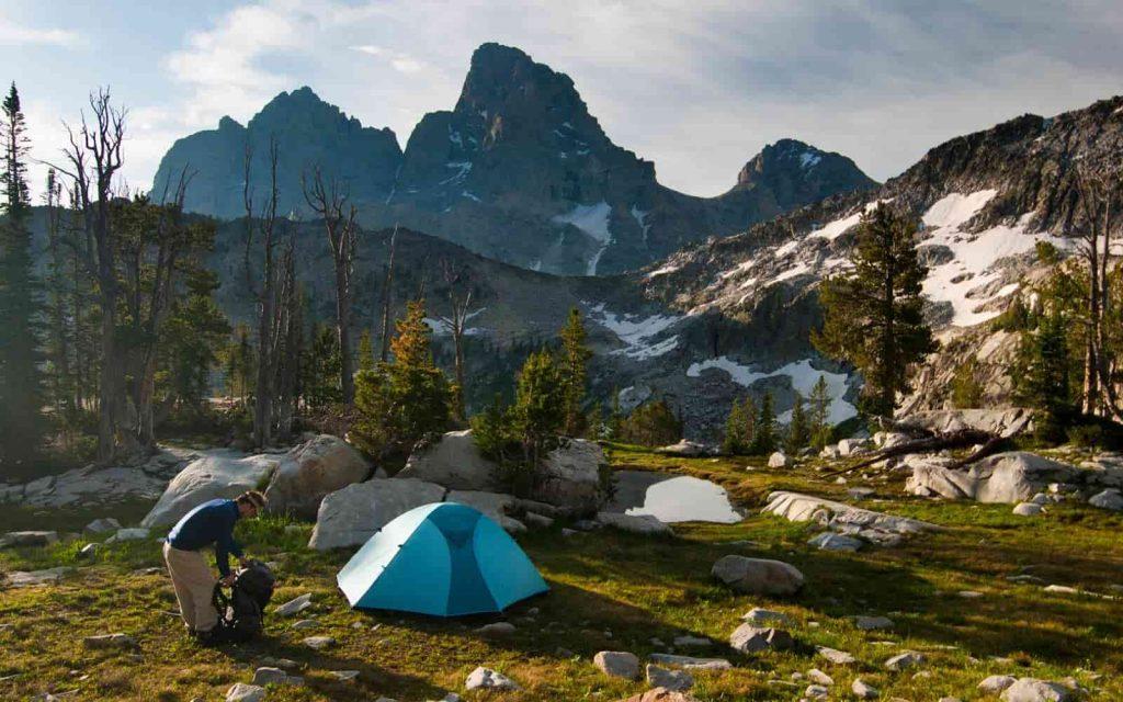 dọn dẹp vệ sinh nơi cắm trại