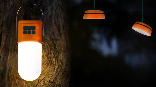 Đèn pin cắm trại