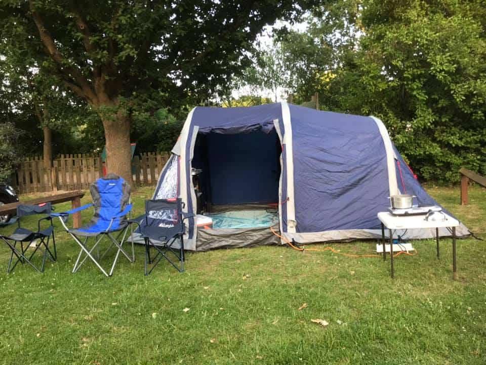 Chuản bị đi cắm trại