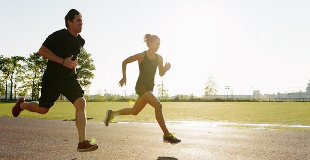 Hướng dẫn hít thở khi chạy bộ